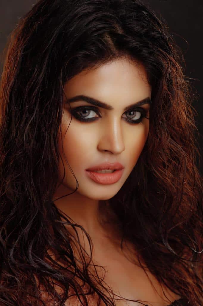sexy female escorts kolkata